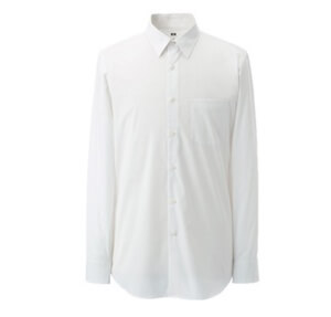 ユニクロで就活のワイシャツをオーダー