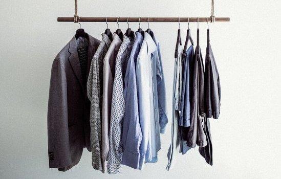 1. 就活とオーダーメイドワイシャツ